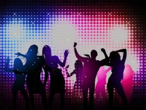 bailar-en-la-discoteca-fiesta_21-25919054